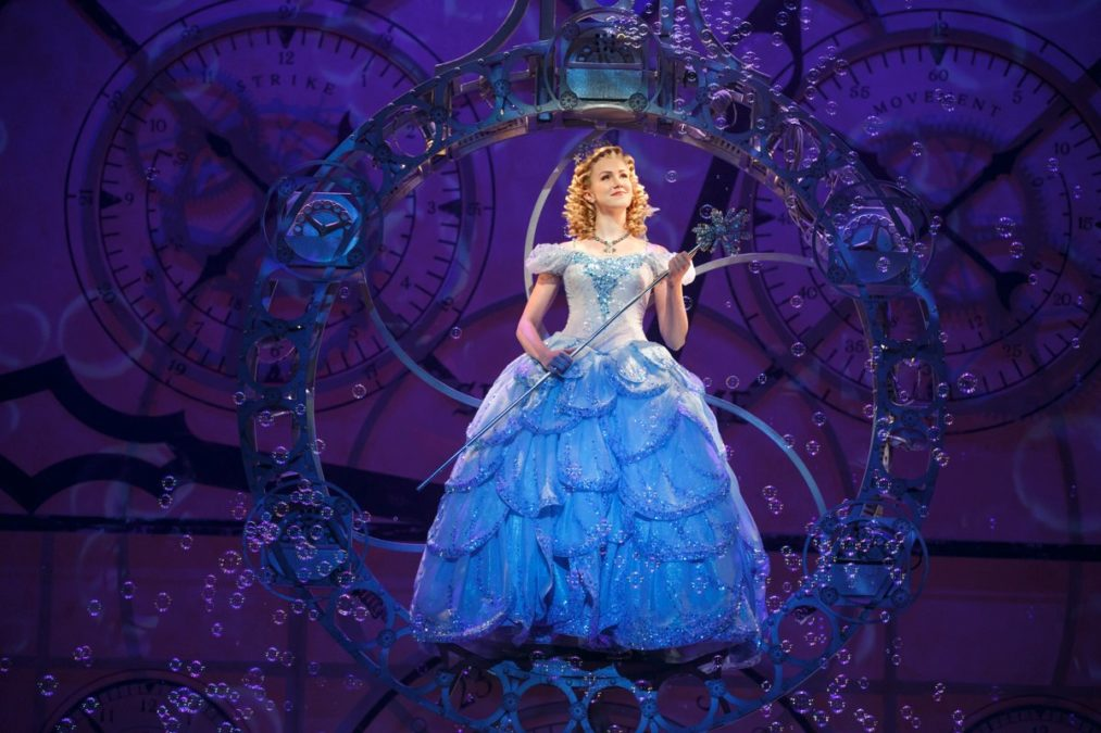 TOUR-Ginna Claire Mason as Glinda- WICKED-(Photo by Joan Marcus)