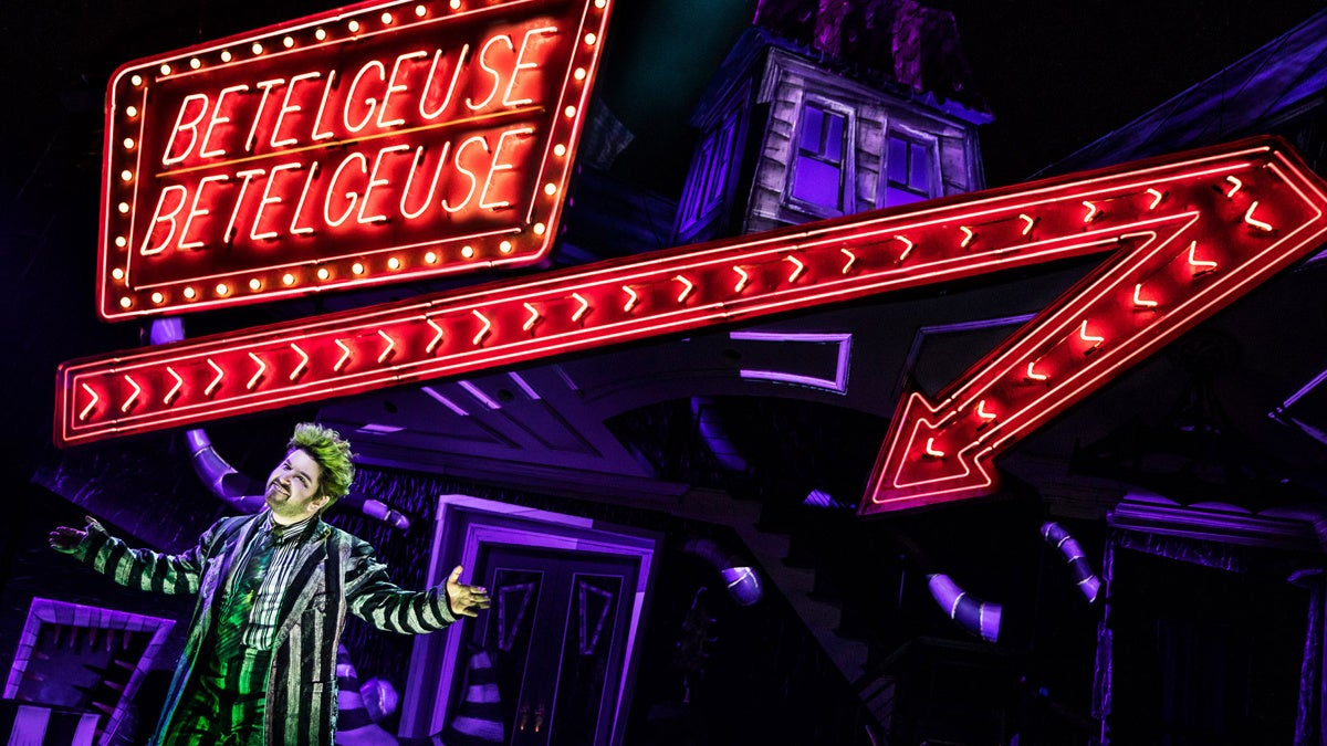 Show Photos - Beetlejuice - 4/19 - Photo: Matthew Murphy