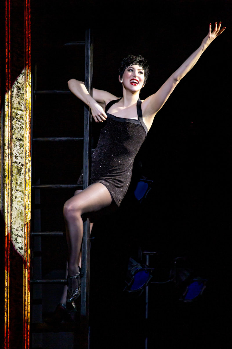 scene from CHICAGO Velma Kelly singing
